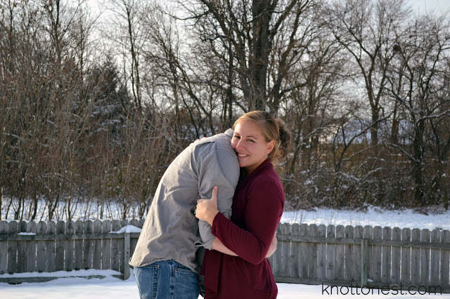 winter maternity pictures