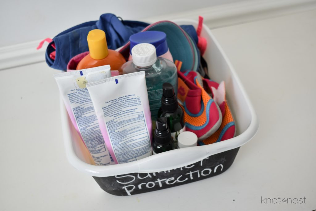 Seasonal gear organization. Tips for organizing sunscreen